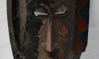 Maschera in legno