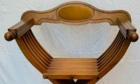 Sedia stile Savonarola